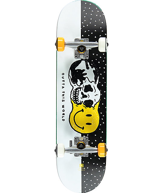 """Globe Outta This World 7.6"""" Skateboard Complete"""