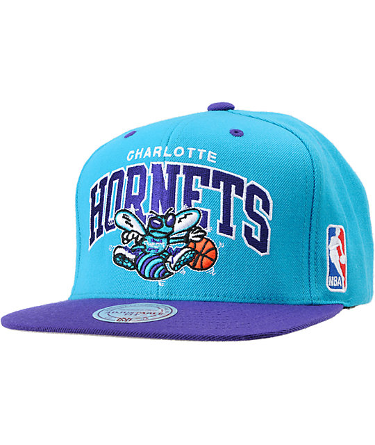 332d148ea91e1 NBA Mitchell and Ness Hornets Reverse Arch Snapback Hat   Zumiez