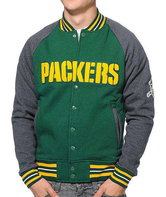 detailed look b5f8c b2b2c NFL Mitchell and Ness Packers Backward Pass Green Jacket