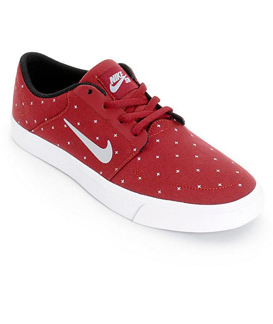 Sb Equipo Skate Y Zapatos Rojo Lobo Gris De Portmore Colores Nike R4jL5A3