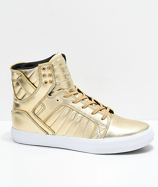 on sale e206e e8c73 Supra x Modelo Skytop Especial Gold   White Skate Shoes ...