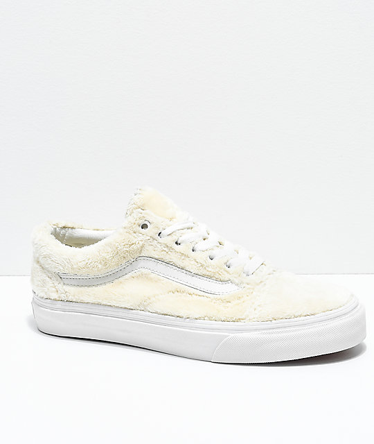 0919688d230 Vans Old Skool Turtledove White Sherpa Skate Shoes