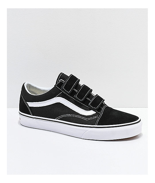 7098c9327 Vans Old Skool V Black & White Skate Shoes | Zumiez