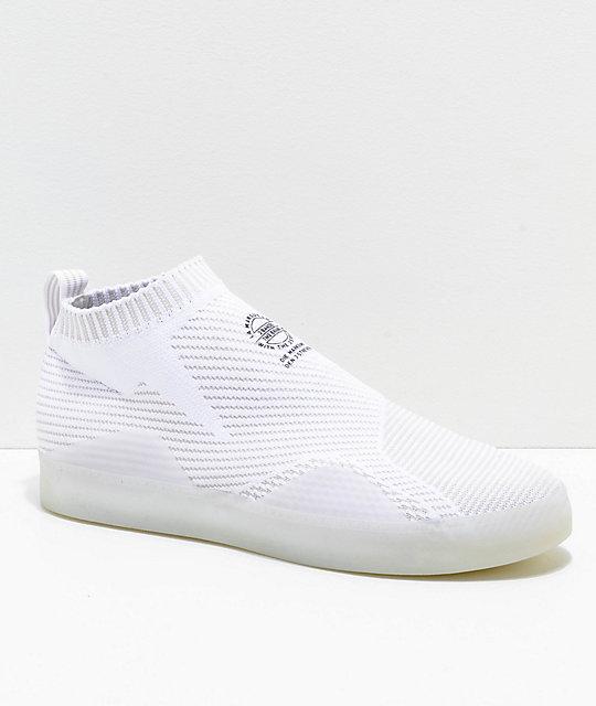 detailed look c1792 7cd6a adidas 3ST.002 Primeknit zapatos en blanco y gris ...