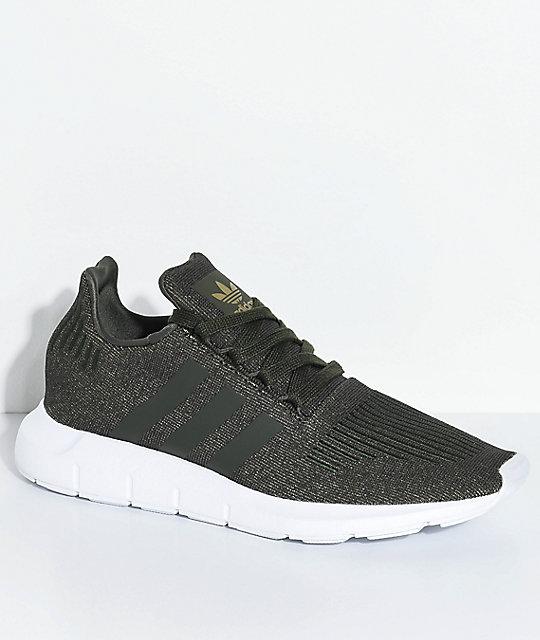 adidas Swift Run Night Cargo zapatos verdes y blancos