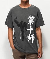 10 Deep Shadowbox camiseta negra descolorida