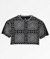 Converse x Miley Cyrus camiseta corta con estampado de cachemir