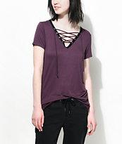 Empyre Page Contrast camiseta con cordón en color vino