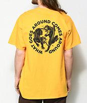 Lurking Class By Sketchy Tank Karma 2 camiseta dorada