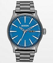 Nixon Sentry SS reloj analógico gris y azul marino