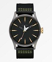 Nixon x Metallica Sentry Leather Seek & Destroy reloj negro