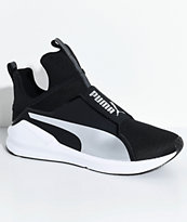 PUMA Fierce Core zapatos en negro y color plata