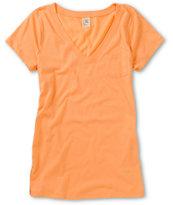 Zine Peach V-Neck T-Shirt
