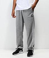 adidas Insley pantalones deportivos en gris y blanco